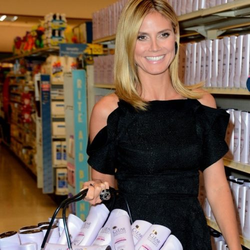 "The face of Clear - Heidi Klum seen ""shopping"" the Clear beauty aisle & you can too!"