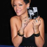 ursula-stephen-rihanna-hairstylist-on-hair-6.pbbig