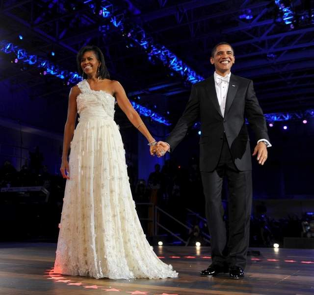 michelle-obama-ball-gown-front-bilde