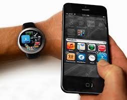 Apple iWatch - iPhone