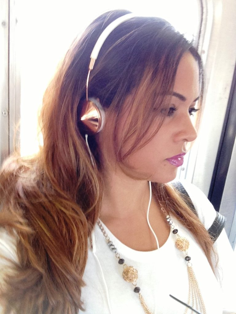 My New Frends - The Layla On-Ear Headphones [Review] DivasandDorks (6) - Analie Cruz - @YummyANA