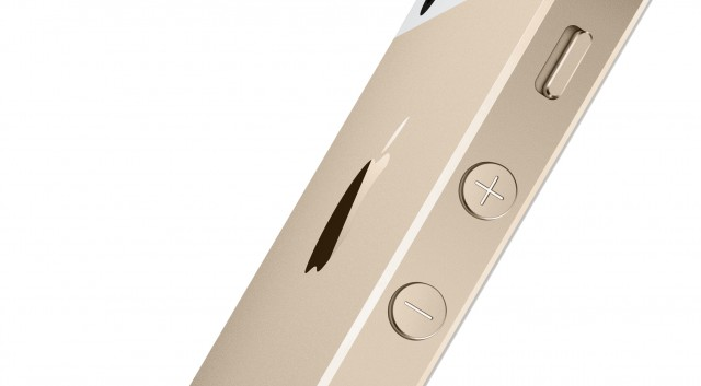 Holiday Smartphone Gift Picks iPhone 5s gold