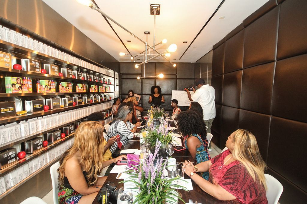 hosts bold and beautiful hair brunch during new york fashion week