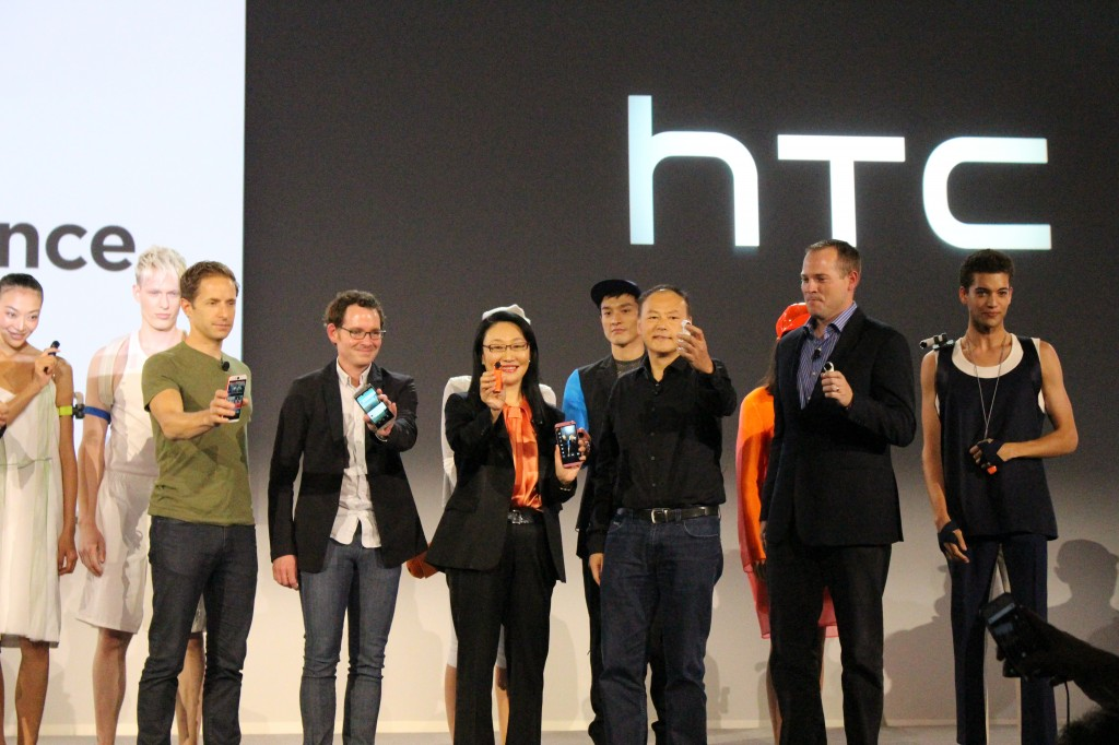 HTC unveils HTC Desire Eye and RE