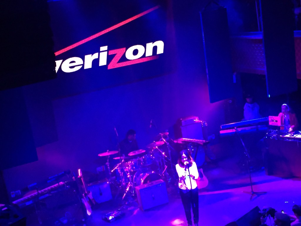 Verizon stage
