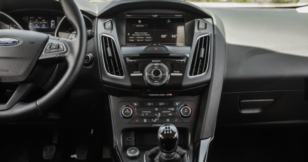 2015 Ford Focus 2