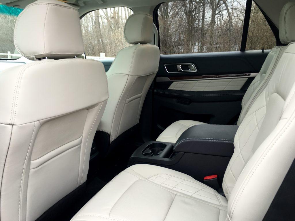 2016 Ford Explorer Platinum seats