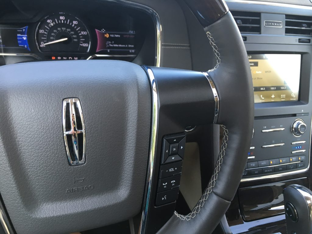 2016 Lincoln Navigato