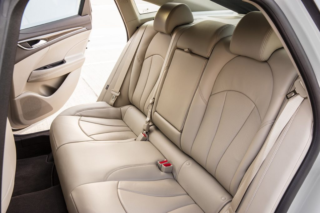 2017 Buick LaCrosse 15