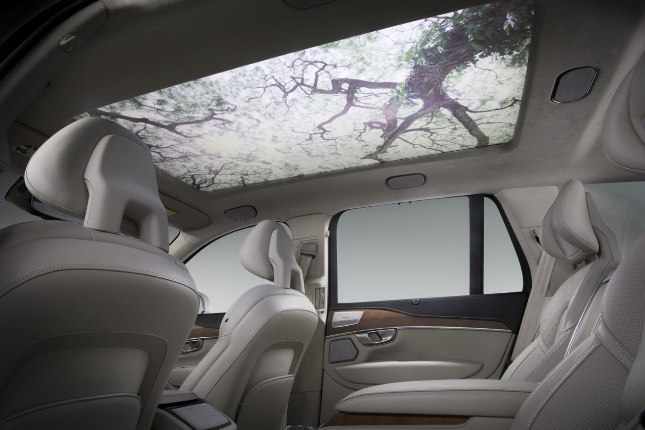 HARMAN'S Moodscape Creates A Driving Experience That Motivates And Moves You