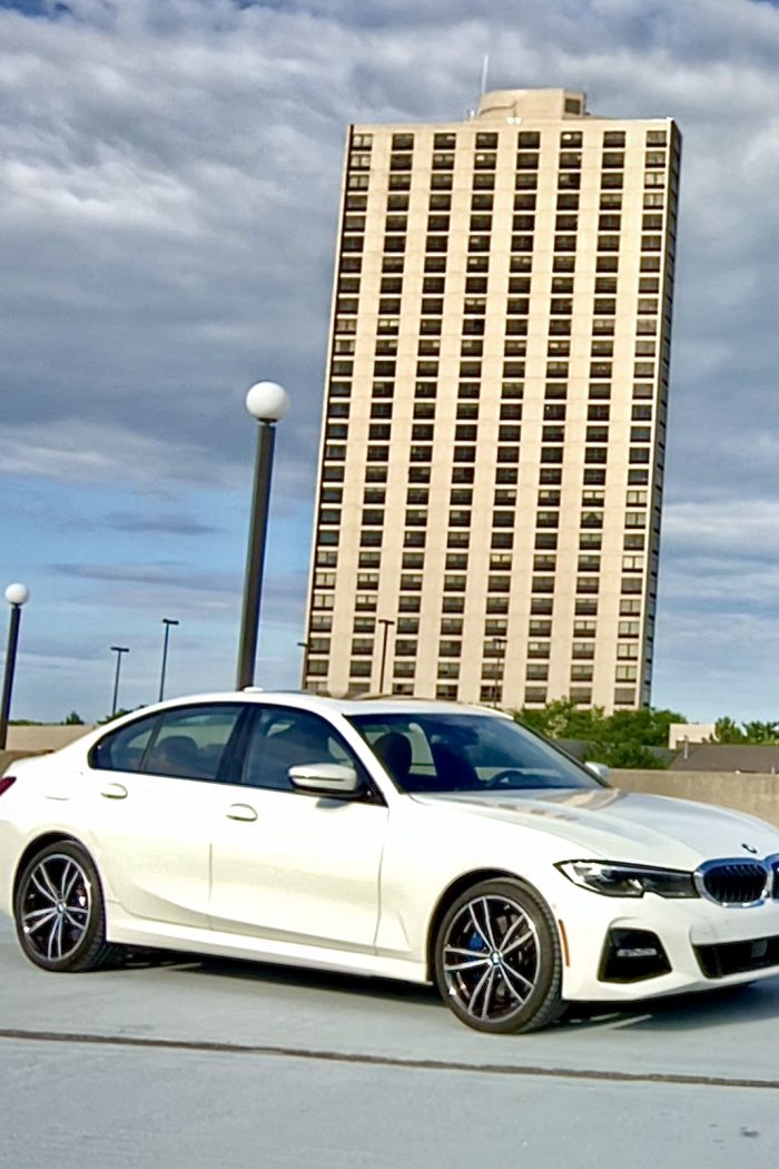 The 2021 BMW 330e Plug In Is Quite The Smart And Sporty EV! #HybridSummer